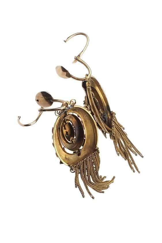 Antique-Jewellery-Berlin-Verlobungsringe-Eheringe-Antikschmuck-Fachgeschäft-in-Berlin-Mitte-Photo-©-2018-Antique-Jewellery-Berlin-Antike-Verlobungsringe-1503f