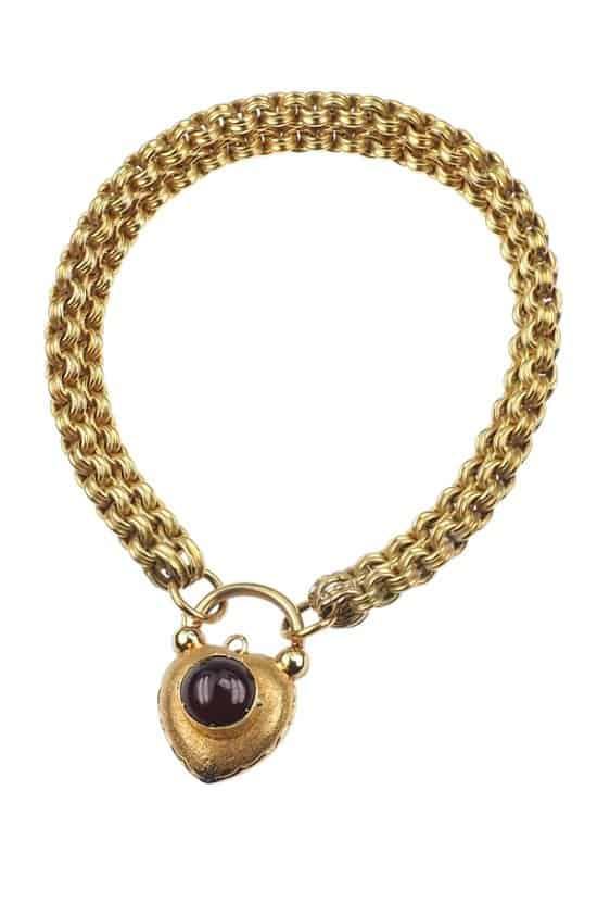Antique-Jewellery-Berlin-Verlobungsringe-Eheringe-Antikschmuck-Fachgeschäft-in-Berlin-Mitte-Photo-©-2018-Antique-Jewellery-Berlin-Antike-Verlobungsringe-2169