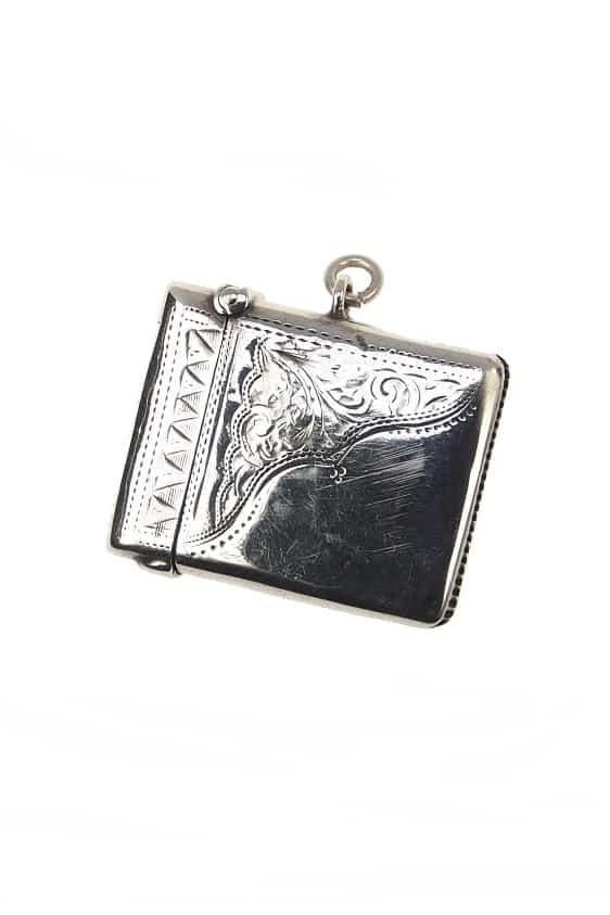 antiker-Silberanhänger-1608a