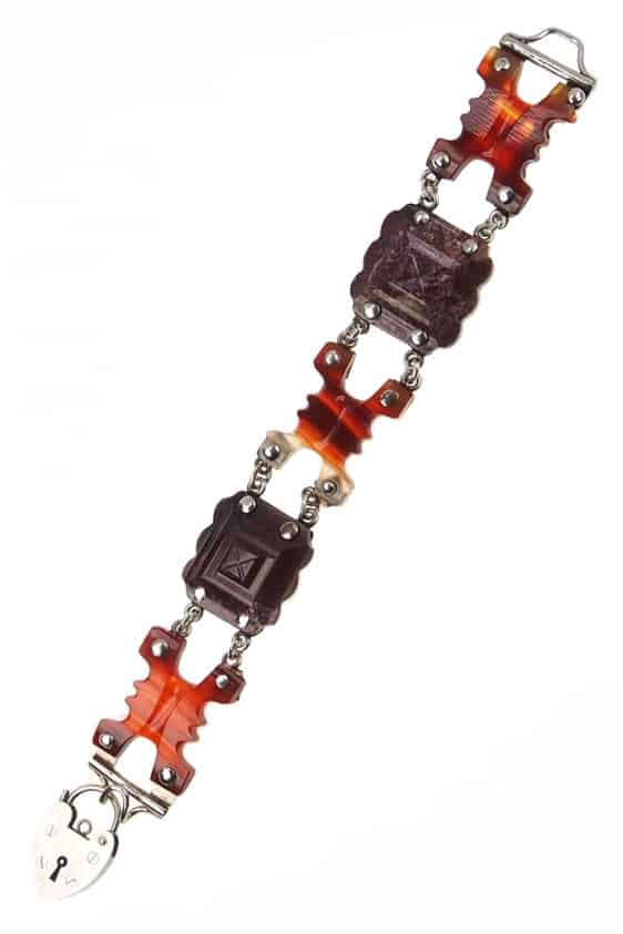 antikes-Armband-556