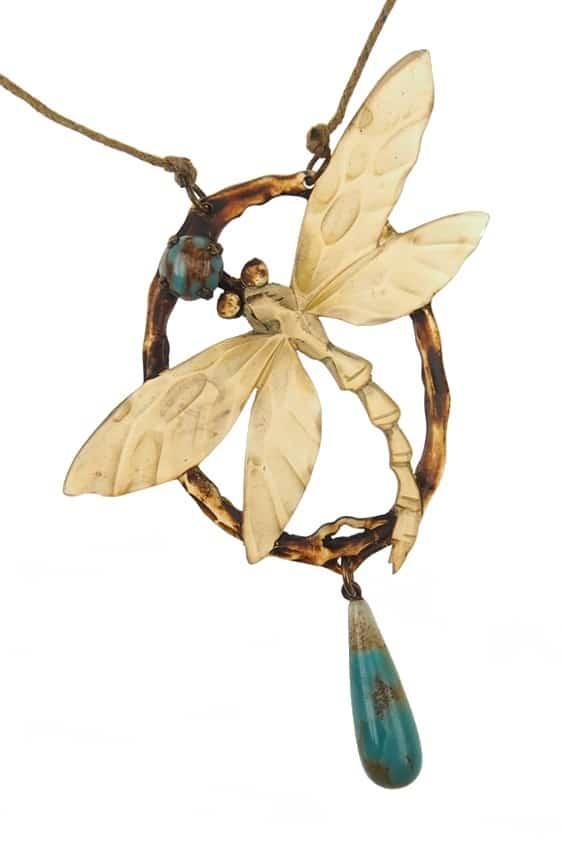 antikes-Horncollier-Art-nouveau-392