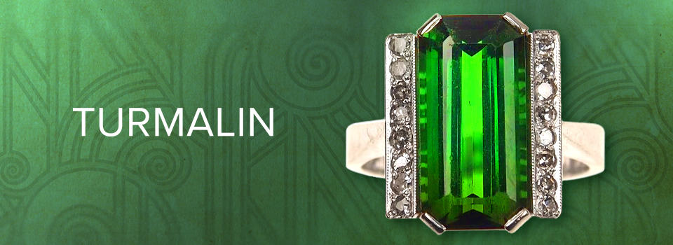 Antiker Goldring mit grünem Turmalin