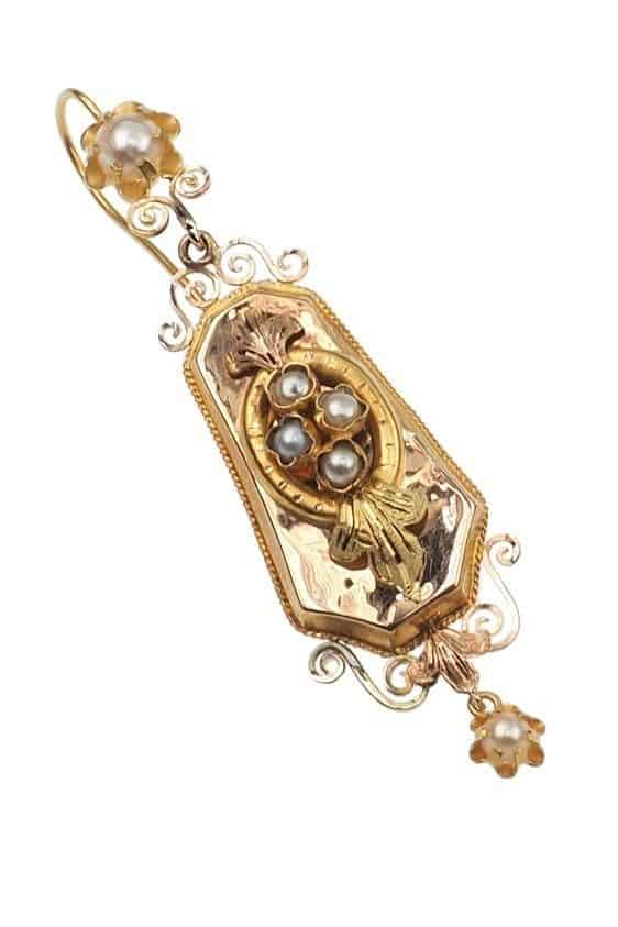 Antique-Jewellery-Berlin-Verlobungsringe-Eheringe-Antikschmuck-Fachgeschäft-in-Berlin-Mitte-Photo-©-2019-Antique-Jewellery-Berlin-Antike-Verlobungsringe-26a