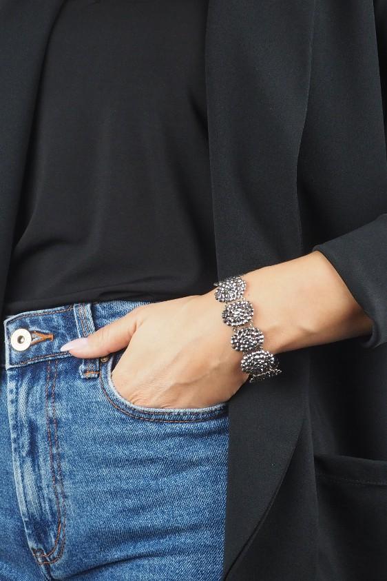 3081-Armband-getragen