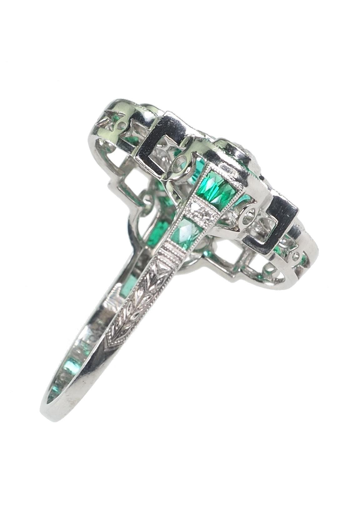 Art-deco-Smaragdring-kaufen-2698c
