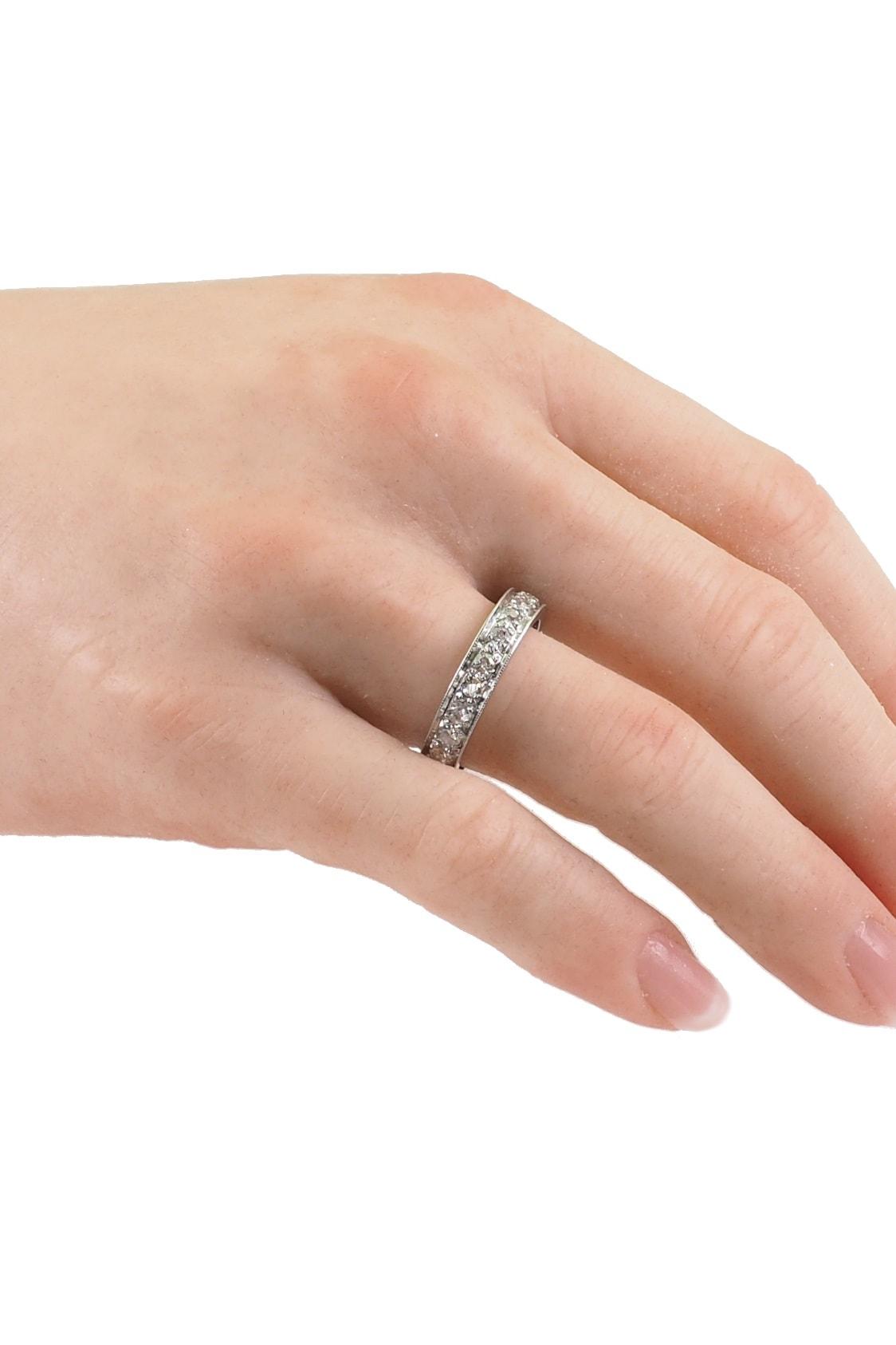 0159-Ringhand-Eternityring